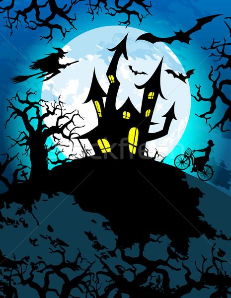 Kisértetjárta halloween hátborzongató ház nő erdő Stock fotó © TheModernCanvas