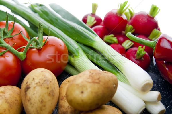 Zwarte witte blad Rood tomaat Stockfoto © TheProphet