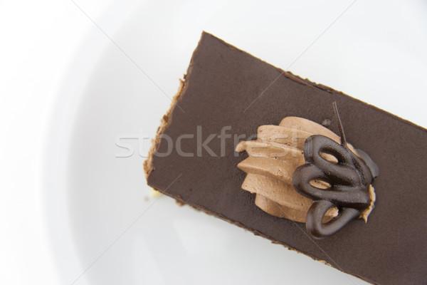Plaat witte voedsel chocolade cake Stockfoto © TheProphet