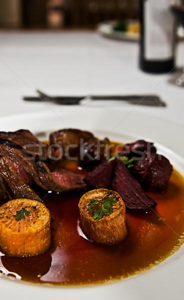 Canguro carne plato remolacha batata Foto stock © thisboy