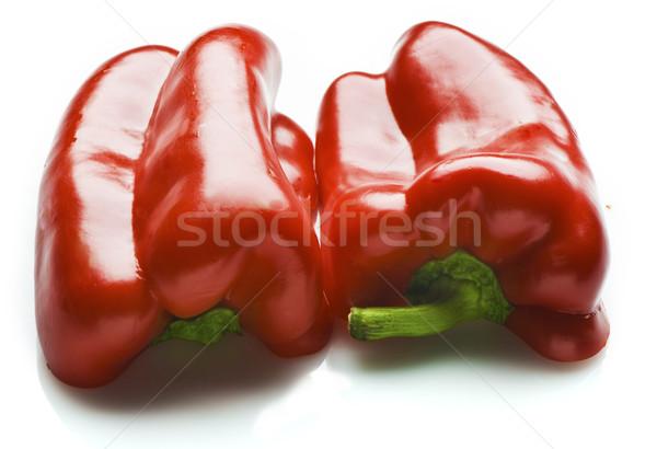 Kırmızı kesmek yarım yalıtılmış beyaz meyve Stok fotoğraf © thisboy