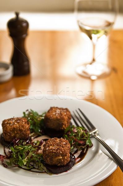 Restaurante de comida frito ensalada servido vino blanco Foto stock © thisboy