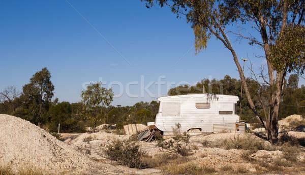 öreg karaván bányászat helyszín vidéki Ausztrália Stock fotó © THP