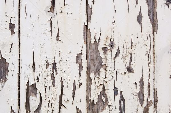 Verweerde verf hout af houten huis Stockfoto © THP