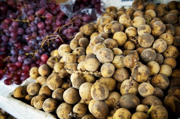 рынке фрукты продажи виноград фермы азиатских Сток-фото © THP