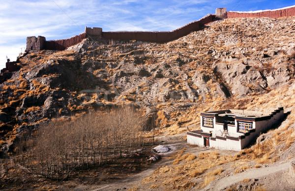 Tibet klasik ev kale duvar üzerinde Stok fotoğraf © THP
