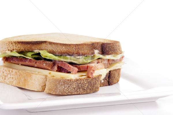 Glutenvrij sandwich eigengemaakt brood kaas rundvlees Stockfoto © THP