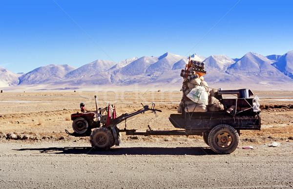 Transporte típico forma usado tibete carro Foto stock © THP