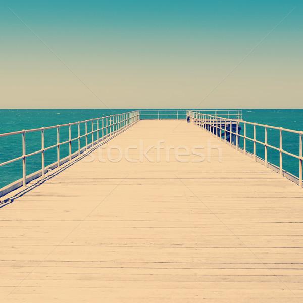 Fából készült hosszú ki víz Dél-Ausztrália tengerpart Stock fotó © THP