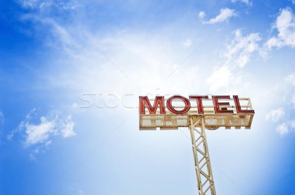 Motel teken klassiek blauwe hemel reizen Rood Stockfoto © THP