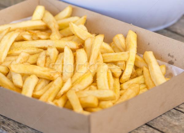Quente salgado batatas fritas mesa de madeira tabela Foto stock © THP
