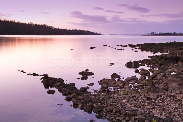 Photo stock: Coucher · du · soleil · roches · pourpre · rose · eau · nuages