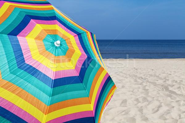 Parasol parapluie plage de sable été temps plage Photo stock © ThreeArt