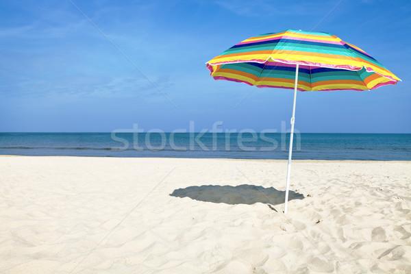 Colorido guarda-sol praia verão dia blue sky Foto stock © ThreeArt