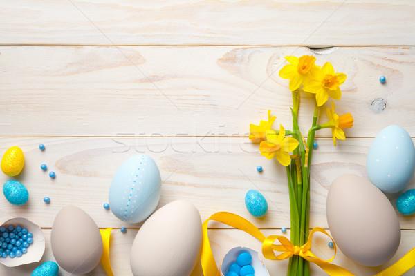 Paskalya paskalya yumurtası bahar çiçekleri üst görmek bo Stok fotoğraf © ThreeArt
