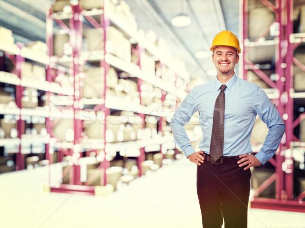 Mérnök portré mosolyog férfi klasszikus raktár Stock fotó © tiero
