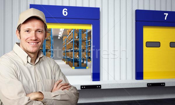 Foto stock: Feliz · trabajador · sonriendo · fuera · almacén · negocios