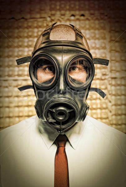 Işadamı gaz maskesi grunge yüz maske siyah Stok fotoğraf © tiero