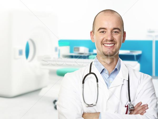 Foto d'archivio: Medico · ritratto · giovani · ospedale · felice