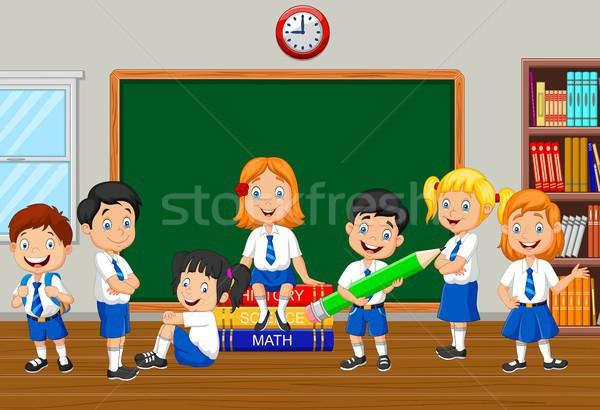 Grupo escola primária crianças classe quarto sorrir Foto stock © tigatelu