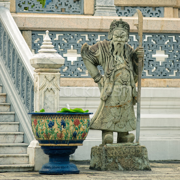 Escultura mitológico guardião palácio Bangkok Tailândia Foto stock © timbrk