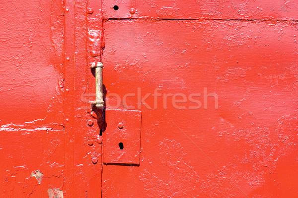 Deur behandelen Rood vuile sleutelgat slot Stockfoto © timbrk