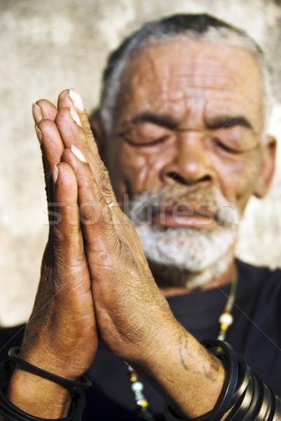 Alten african schwarzen Mann Gesicht Sonne Haut Stock foto © tish1