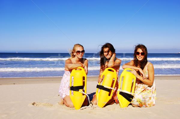 Três mulher jovem praia verão dia Foto stock © tish1