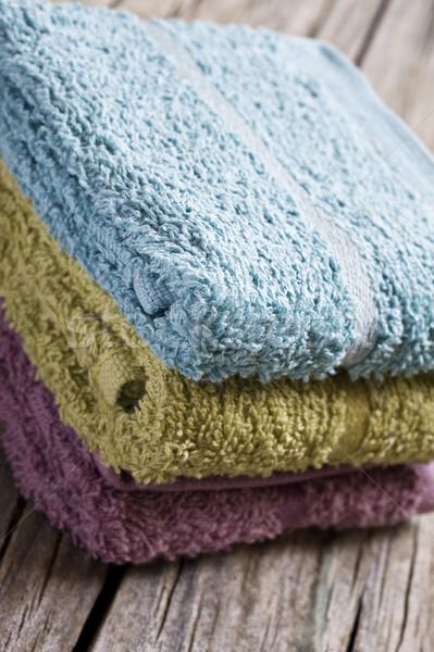 Frischen Handtücher rustikal Holz Oberfläche Textur Stock foto © tish1