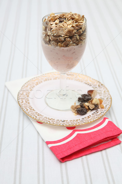 Déjeuner yaourt muesli alimentation saine saine repas Photo stock © tlorna