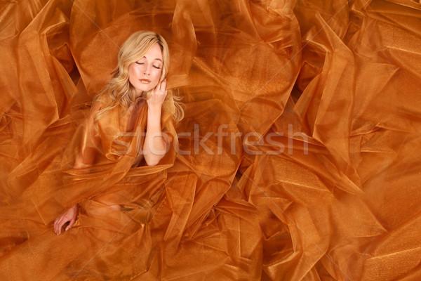 Mulher cobre tecido bela mulher menina Foto stock © tobkatrina