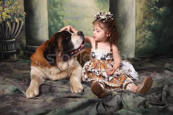 Stok fotoğraf: çok · güzel · çocuk · aziz · köpek · yavrusu · köpek · sevmek