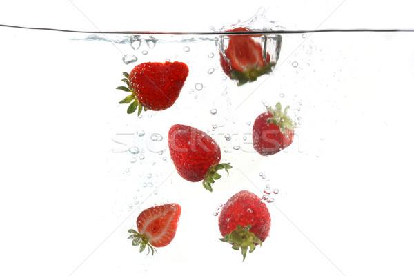 イチゴ 下がり 水 食品 ストックフォト © tobkatrina