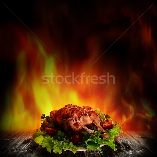 Frango grelhado salada secretária comida verão Foto stock © tolokonov