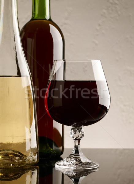 Vinícola natureza morta vidro vermelho vinho branco comida Foto stock © tolokonov