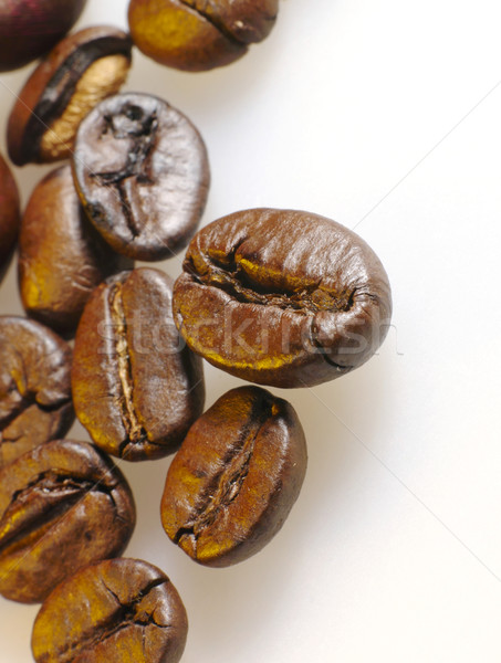 Granos de café primer plano foto no aislado café Foto stock © tolokonov