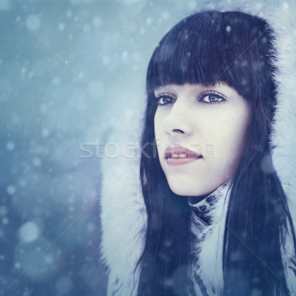 Inverno menina beleza feminino retrato mulher Foto stock © tolokonov