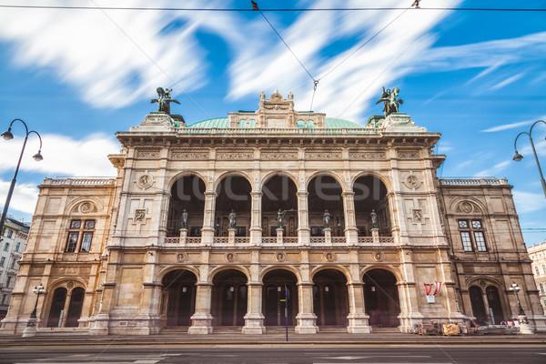 Longa exposição ópera Viena Áustria famoso edifício Foto stock © tommyandone