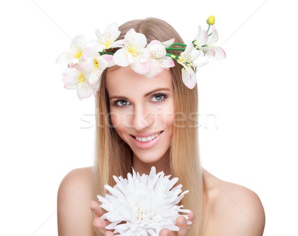 Mooie vrouw steil haar bloemen mooie blonde vrouw hand Stockfoto © tommyandone