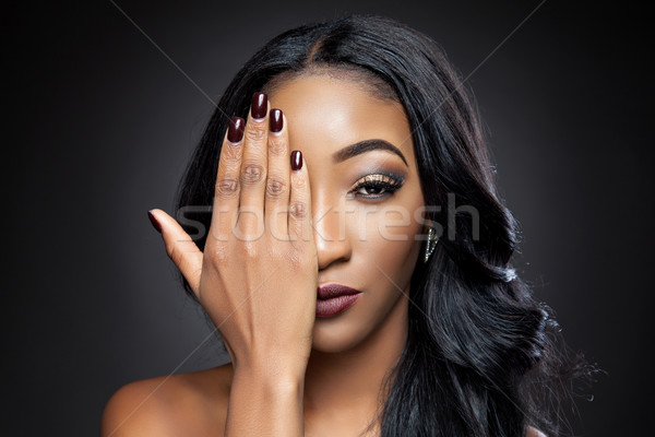Preto beleza elegante cabelos cacheados jovem bela mulher Foto stock © tommyandone