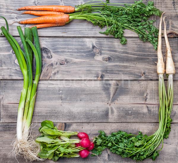Friss organikus bio zöldségek fából készült fa Stock fotó © tommyandone