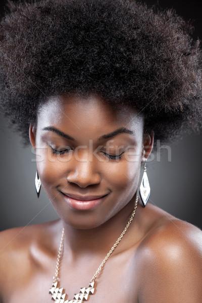 Jeunes belle femme noire noir beauté afro Photo stock © tommyandone