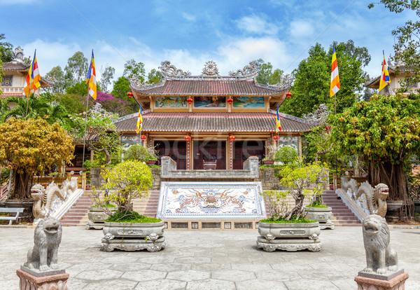 Longo filho pagode Vietnã adorar dormir Foto stock © tommyandone