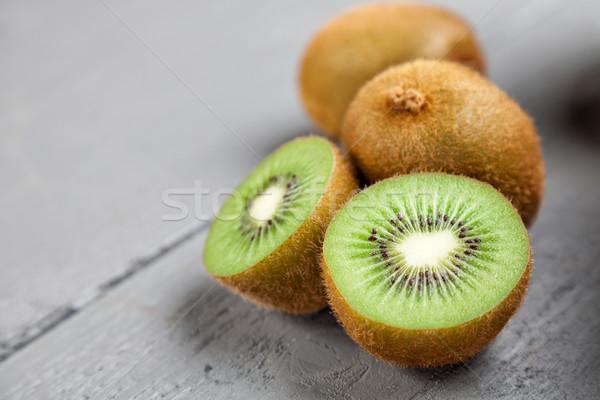 Delicioso kiwi fruto cinza saudável Foto stock © tommyandone