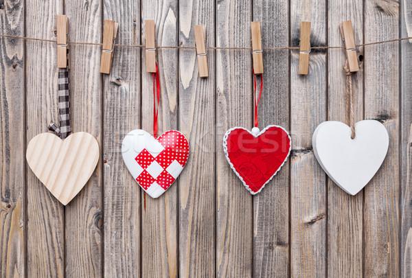 Amore cuori impiccagione string shot legno Foto d'archivio © tommyandone