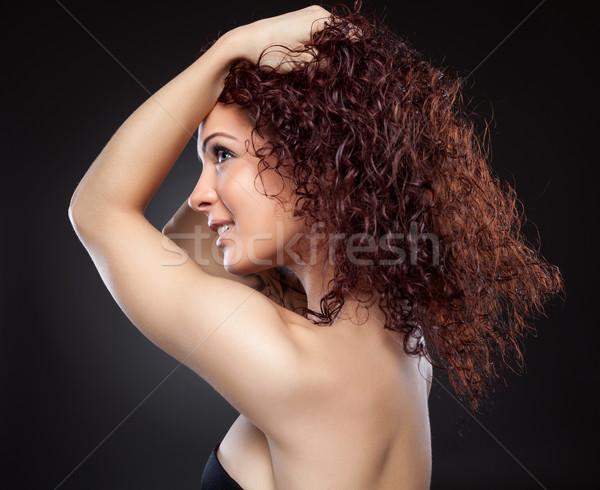 Bela mulher vermelho cabelos cacheados belo mulher jovem cara Foto stock © tommyandone