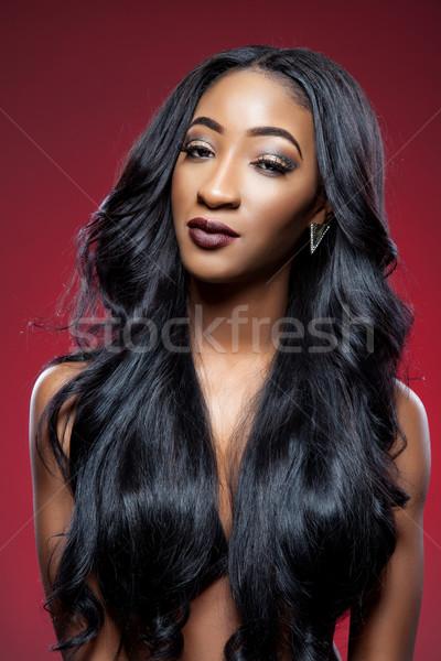 Fekete szépség elegáns göndör haj fiatal gyönyörű nő Stock fotó © tommyandone