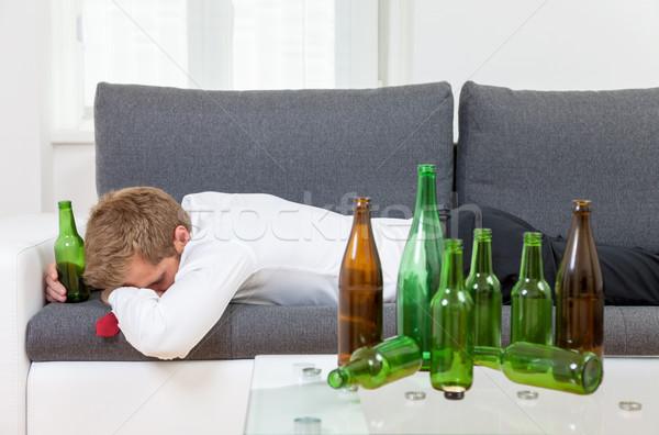 落ち込んで ビジネスマン 酔っ ホーム 空っぽ ボトル ストックフォト © tommyandone