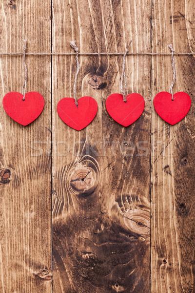 Liefde harten opknoping string shot houten Stockfoto © tommyandone