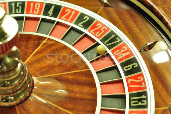 Rulettkerék kép kaszinó labda szám 17 Stock fotó © tony4urban